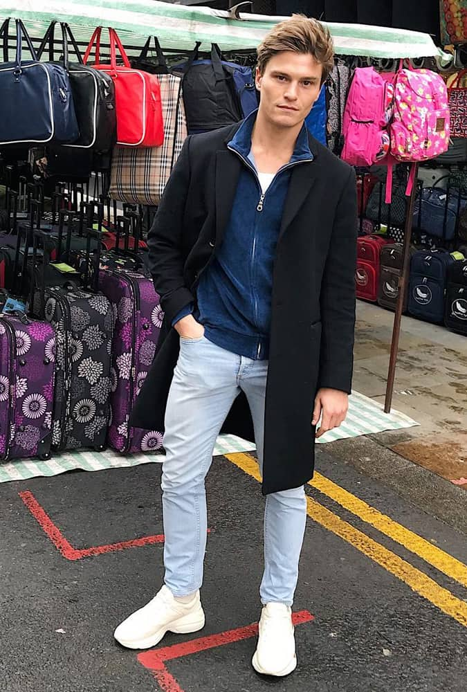 Oliver Cheshire at London