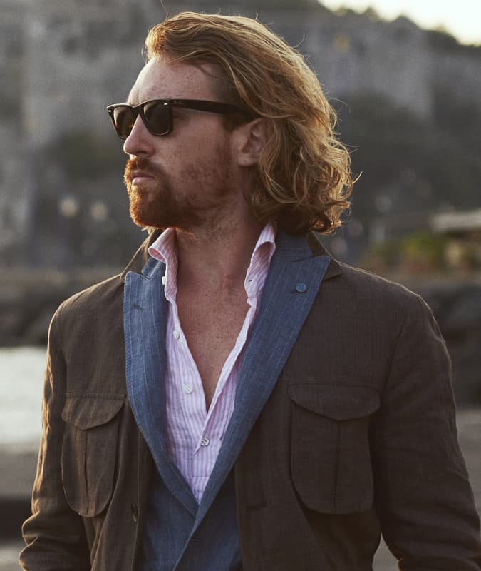 How to wear Ray-Ban Wayfarers with smart casual clothes