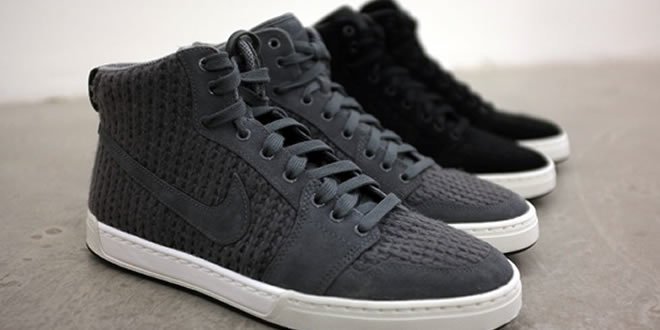 Nike Air Royal Mid Knit Hi-Top Trainer