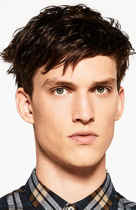 Men's Wet Look Side-Swept Fringe Hairstyle