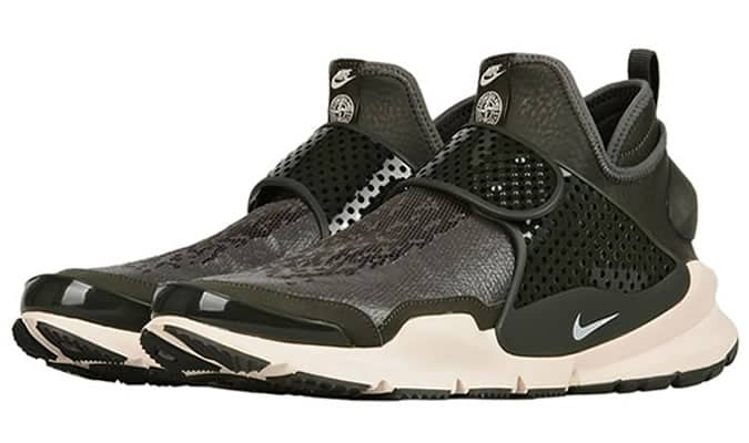 the best attitude 0665f 6a177 Nike Teams Up With Stone Island On A Waterproof Sock Dart ...